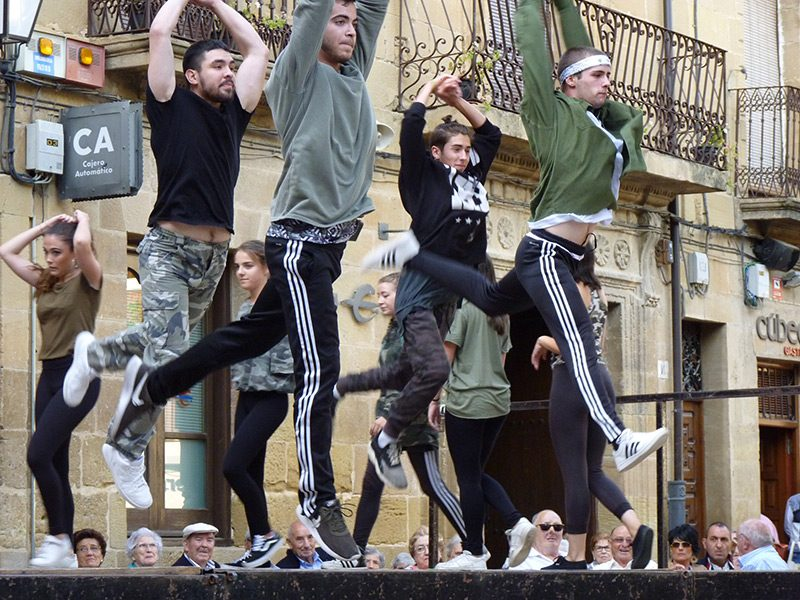 servicios-grupos-de-baile-para-eventos-2